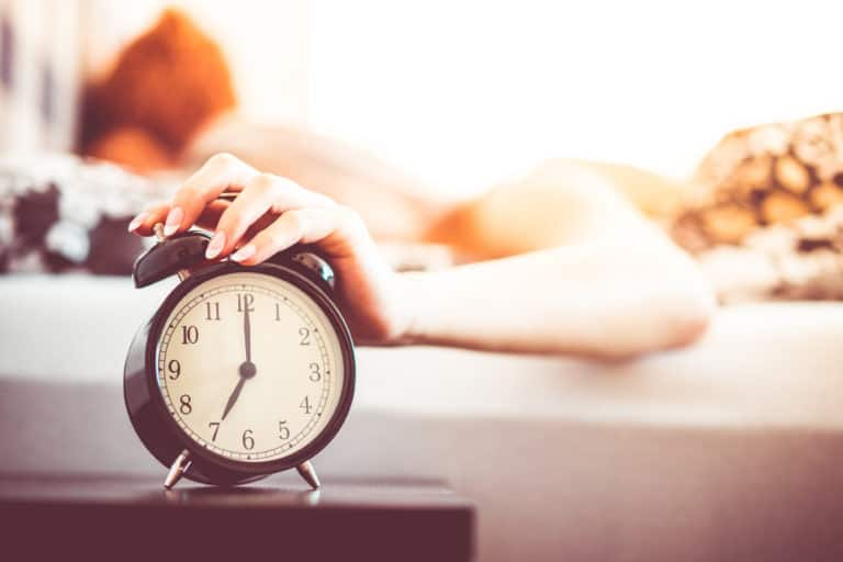 11 EASY WAYS TO GET YOUR BEAUTY SLEEP THAT YOU NEED TO TRY