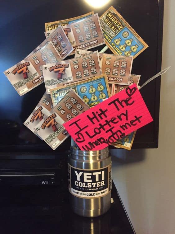 Yeti Tumbler Bouquet made of Lottory Scratchers/ Easy Valentine's DIY Boyfriend