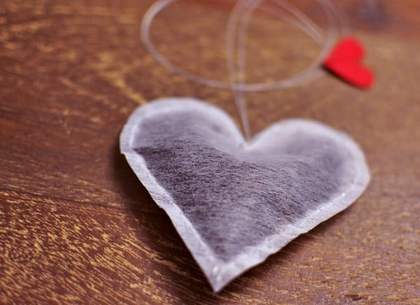 DIY Heart Tea Bag/ The Ultimate DIY Guide to Valentine's Day Ideas
