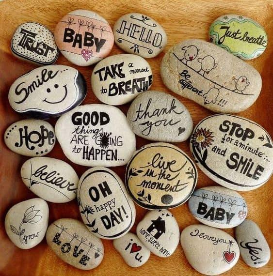 Easy DIY Sharpie Inspiration Stones/ DIY boyfriend gifts