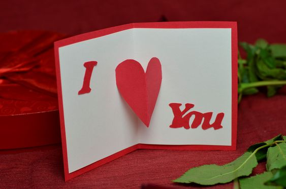 I love you pop up card. DIY boyfriend gifts