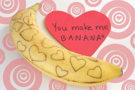 Easy DIY Valentine's Day Banana Pun/ DIY boyfriend gifts