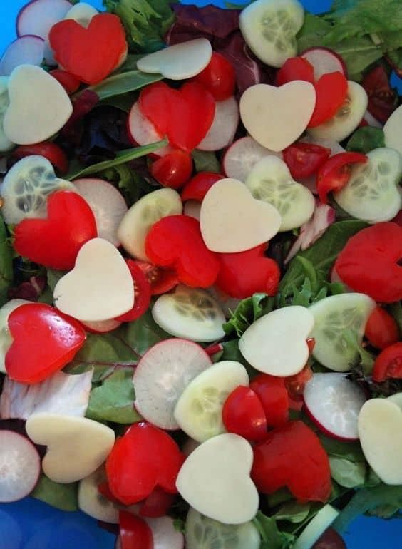 Heart shaped salad idea. DIY boyfriend gifts.