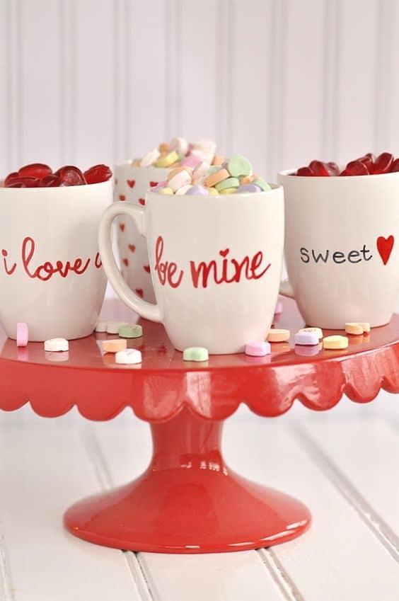 DIY Valentine's Day Love Mugs/ DIY boyfriend gifts