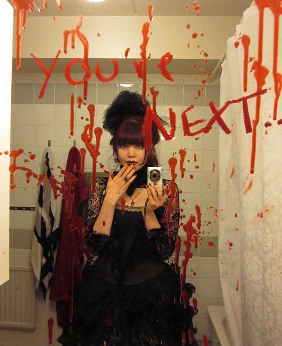 Easy DIY Halloween Bathroom Decor Ideas Bloody Mirror Message