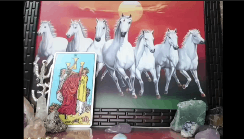 The most accurate Zodiac Sign Free Tarot Readers on YouTube. Predict 2020 and your love life with one of these free Tarot readings.