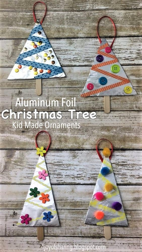 DIY Christmas tree ornaments made out of aluminum foil