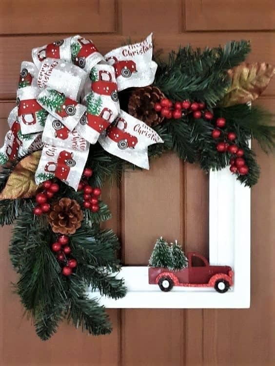 DIY Dollar Store Vintage Car Wreath