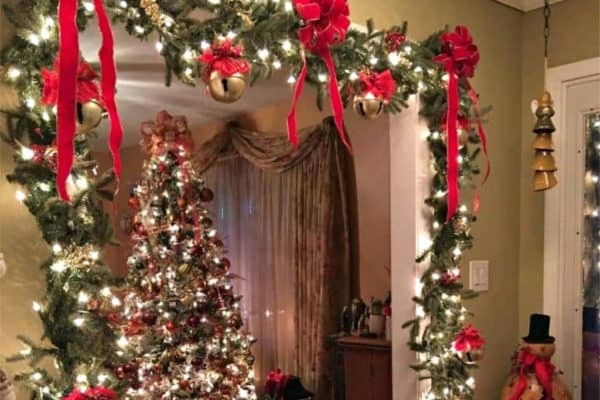 DIY Christmas Decor that's cheap and easy