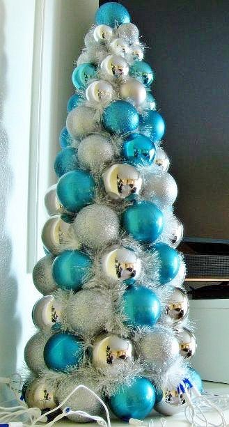 Easy DIY Christmas Garland and Tree alternative. Perfect for the mantle, table, front door, or as a Christmas tree alternative. Elegant budget home decor idea.
