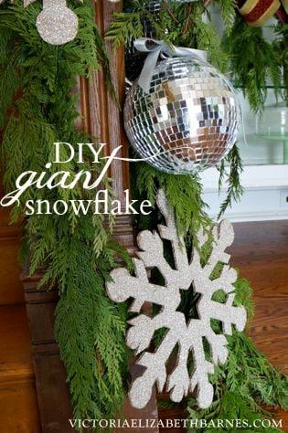 Easy DIY Snowflake Christmas Decoration Craft