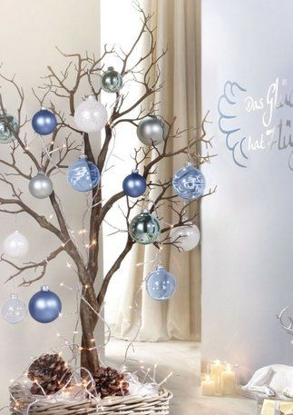 How to make: Easy DIY Christmas Decorations using fallen branches and ornaments. Perfect Christmas or winter decoration, craft, or wedding centerpiece. Great Budget decor ideas for the home. #Christmas #Wedding #MantleDecorIdea