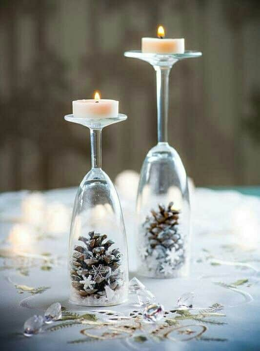 Easy DIY Farmhouse Glam Christmas Decorations that cost nothing. Elegant Christmas or winter decoration, craft, or wedding centerpiece. Great Budget decor ideas for the home or party. #Christmas #Wedding #MantleDecorIdea