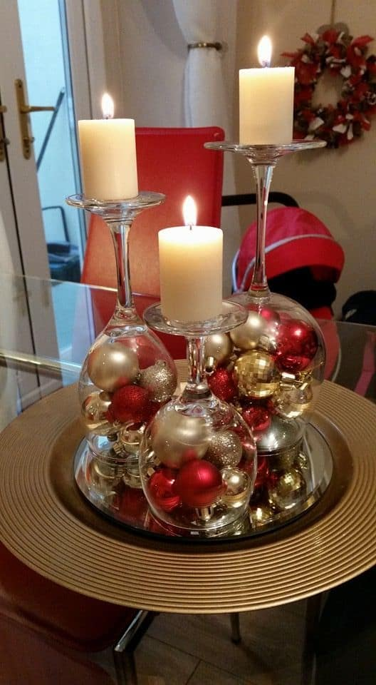How to make: Easy DIY Christmas Decorations that cost nothing. Elegant Christmas or winter decoration, craft, or wedding centerpiece. Great dollar store decor ideas for the home. #Christmas #Wedding #MantleDecorIdea