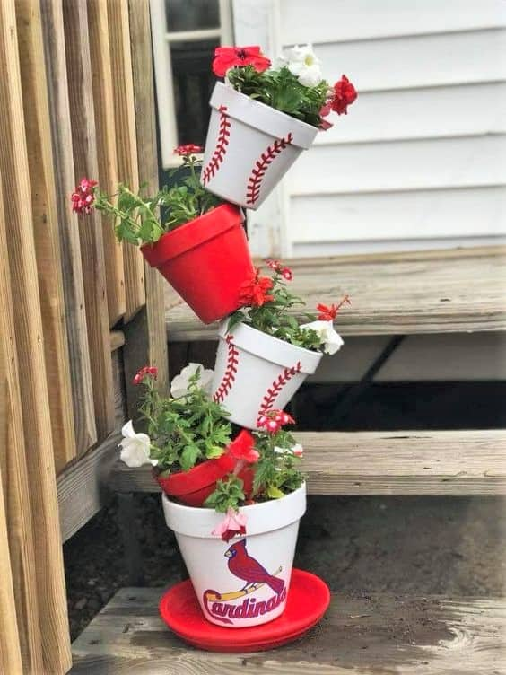 How to make: Easy DIY Sports Planter Christmas Decorations using claypots. Perfect Christmas or winter decoration for indoors or out doors. Great Budget decor ideas for the home. #Christmas #Crafts #kids