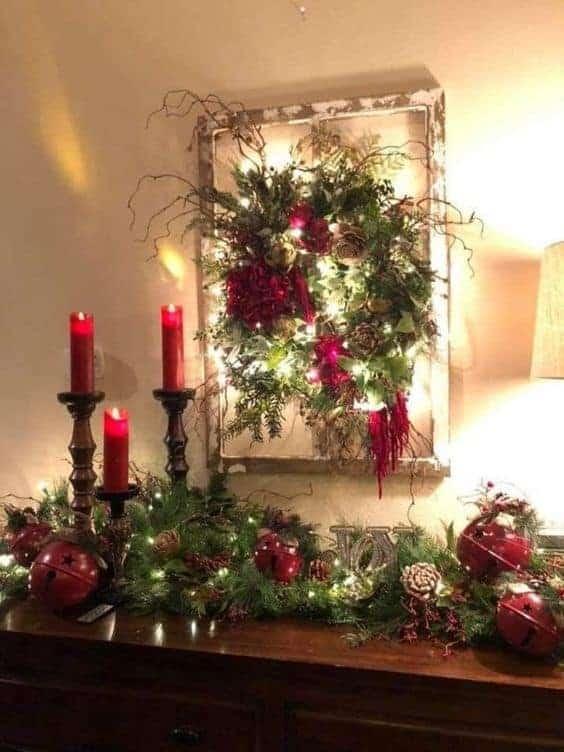 DIY Farmhouse Glam Christmas. Easy Rustic Farmhouse Christmas decor ideas or gift idea for the home and mantle. Wreath and garland.