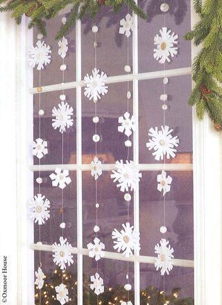 Easy DIY Snowflake garland. Simple yet beautiful dollar store craft idea anyone can make, even kids.
