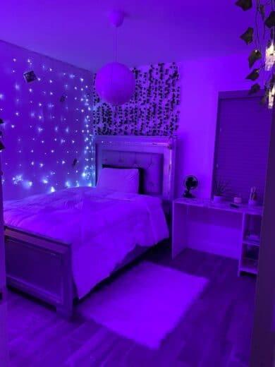 Lighting decor for dorm room or teen bedroom