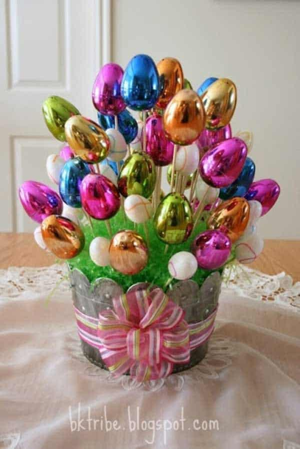 Easy DIY Easter Egg bouquet craft idea. The Best Easy DIY Easter Decoration Ideas.