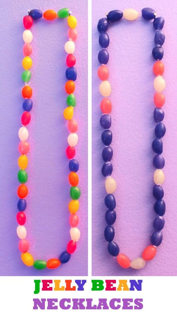 Easy DIY Jelly Bean necklace Easter craft idea for kids. The Best Easy DIY Easter Decoration Ideas kids can make.