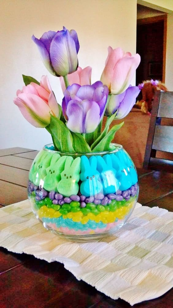 Easy DIY Peeps and Candy Easter Vase Decor Hack craft idea for kids. The Best Easy DIY Easter Decoration Ideas.