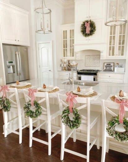 Farmhouse Glam Kitch Christmas Decor