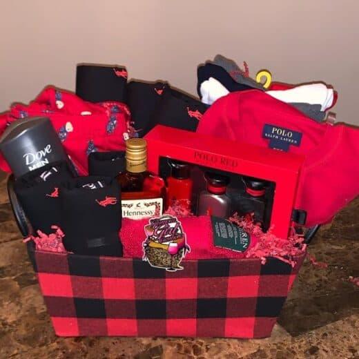 Buffalo Plaid Mens Spa Gift Basket