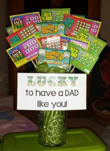 Easy DIY Lotto ticket bouquet idea for Father's Day