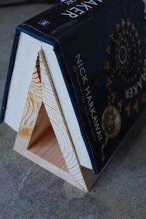 DIY Wooden Bookstand Fathers Day craft gift