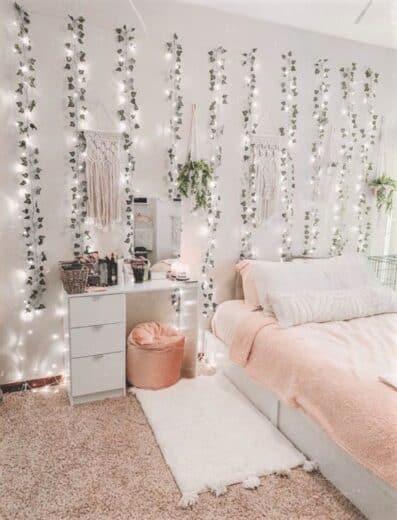 Cozy Teen Bedroom Lighting with Ivy