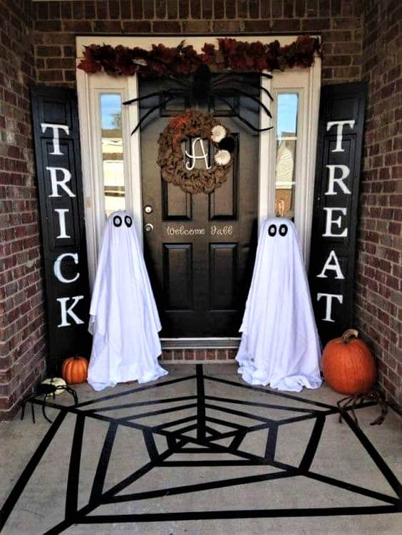 Ghost decorated Front Porch for Halloween