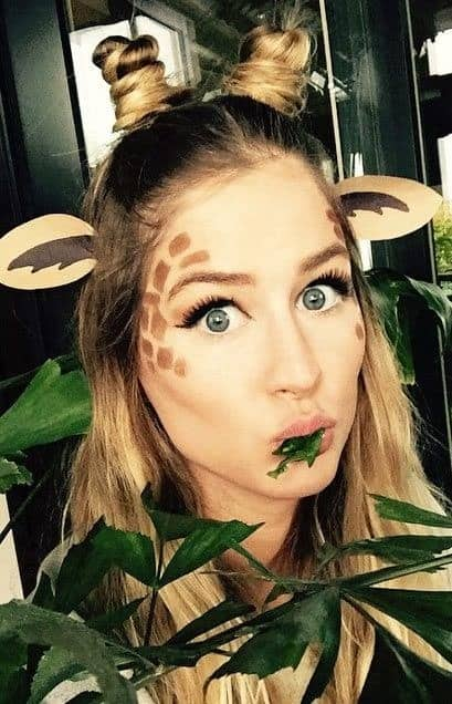 Giraffe. Easy last minute Halloween costume