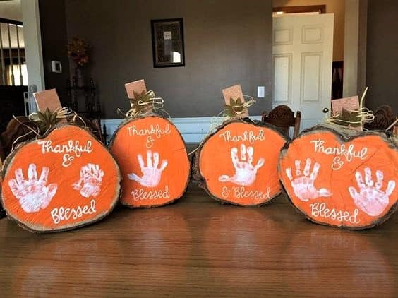 Wood Slice Handprint Pumpkins Fall Thanksgiving decor craft gift