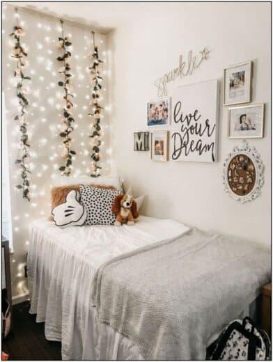 Teen Bedroom Fairy Lighting and garland decor