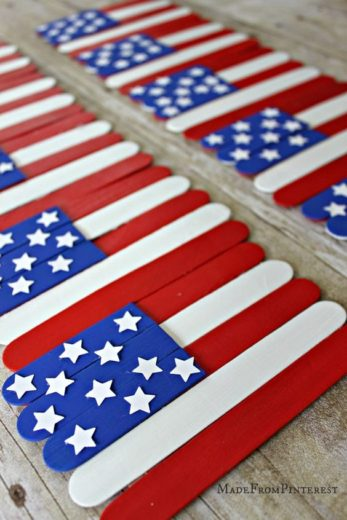 Easy DIY popsicle stick flag craft. 4th of July party ideas.