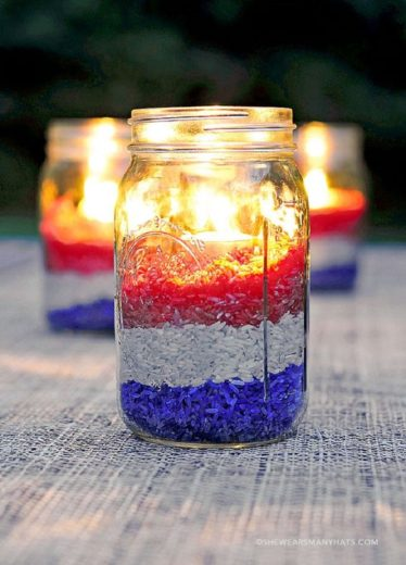 DIY Mason jar colored rice votive. Easy DIY 4th of July party ideas for Food and decorations.