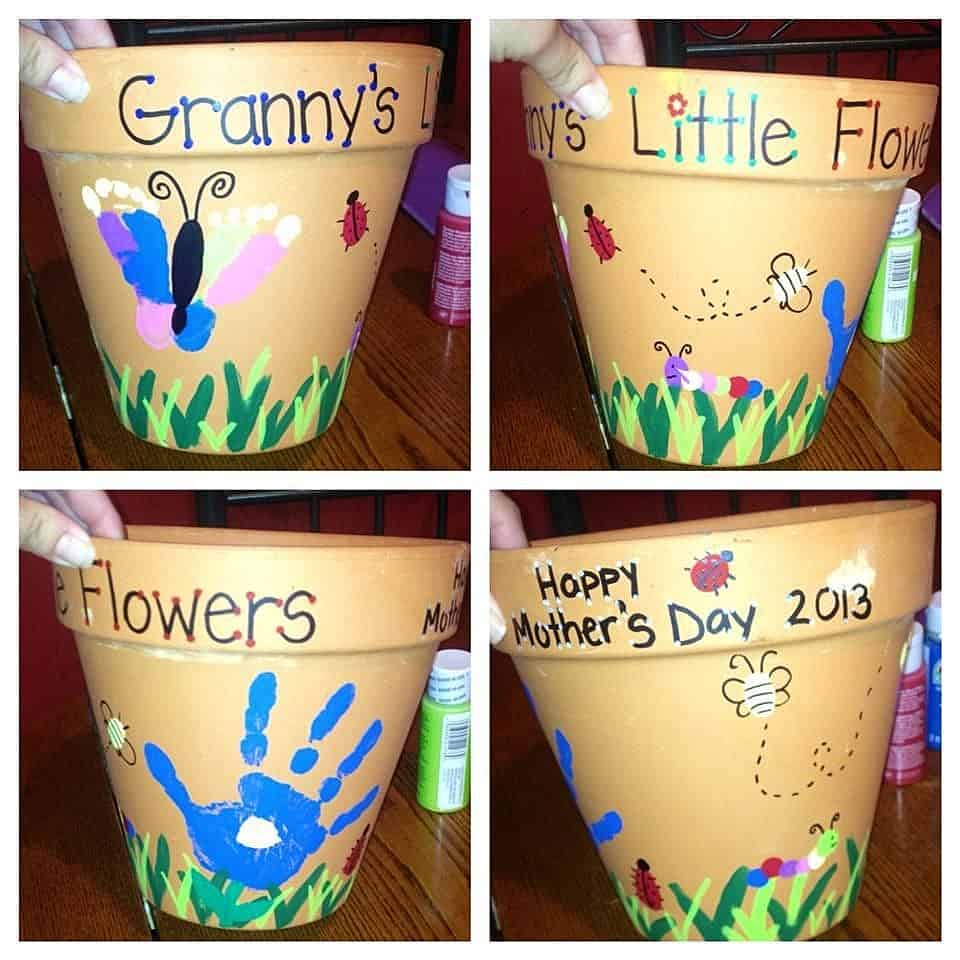 Easy DIY Hand Print Flower Pot Kids can make for Mothers Day. A great last minute gift idea for Mom's, GrandMother, or Grauntie.