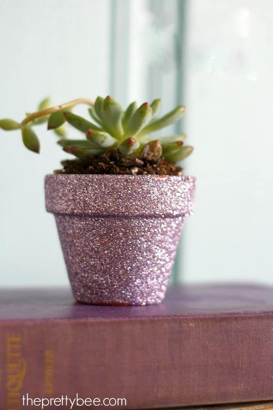 Easy DIY Glitter mini Flower Pot Mothers Day crafts kids can make. A great elegant gift idea you an do for Mom's, GrandMother, or Grauntie, on a budget.