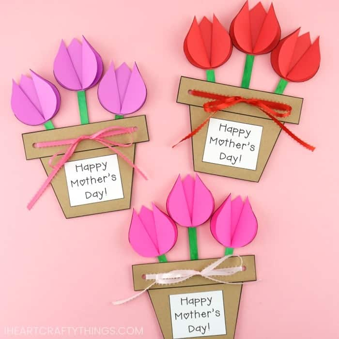 Easy DIY Tulip Plant Card. Great DIY Mother's Day craft gift kids can make on a budget