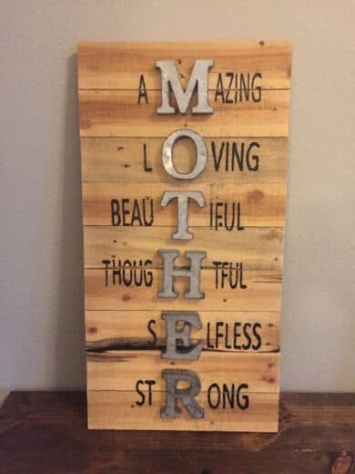 Easy DIY Mother's Day gift Wood Craft Sign.