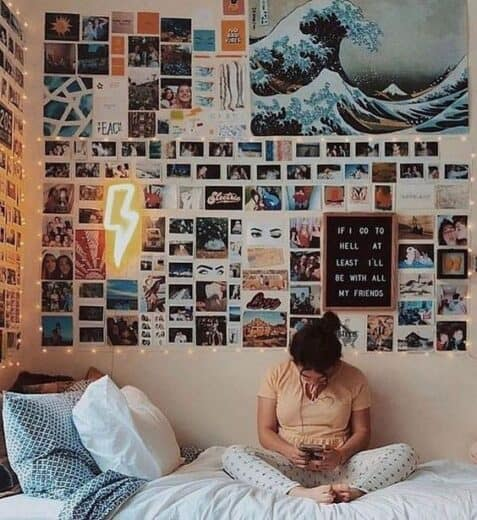 Neon Thunder Bolt Light and Fairy Lights in Teen Bedroom