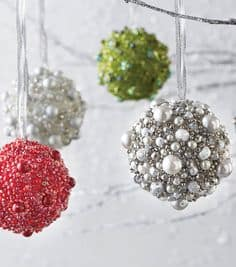 Easy, DIY Pearl and bead Christmas Ornament. Makes a great gift idea and even kids craft since it is easy enough for kids to make.