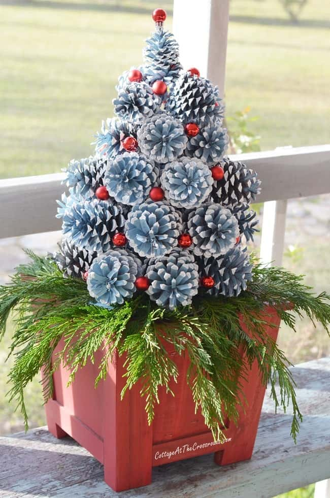 Easy DIY Pinecone Christmas tree Decoration