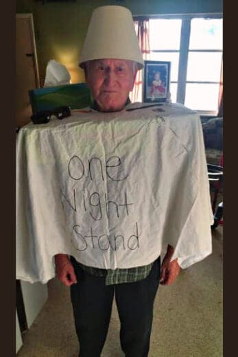 Easy DIY Last Minute Witty Halloween Costumes for old men