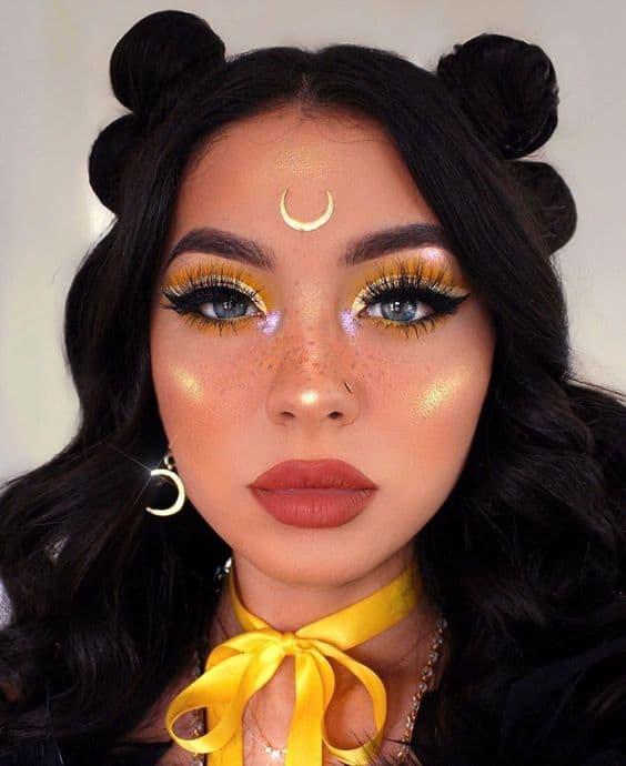 Luna Sailor from Sailormoon costume make up