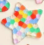 Stained glass cookie cutter star ornament using kids beads easy, DIY, Kids craft ideas, Christmas gift ideas, teachers gifts, gifts for friends, Christmas tree ideas, DIY Christmas decorations