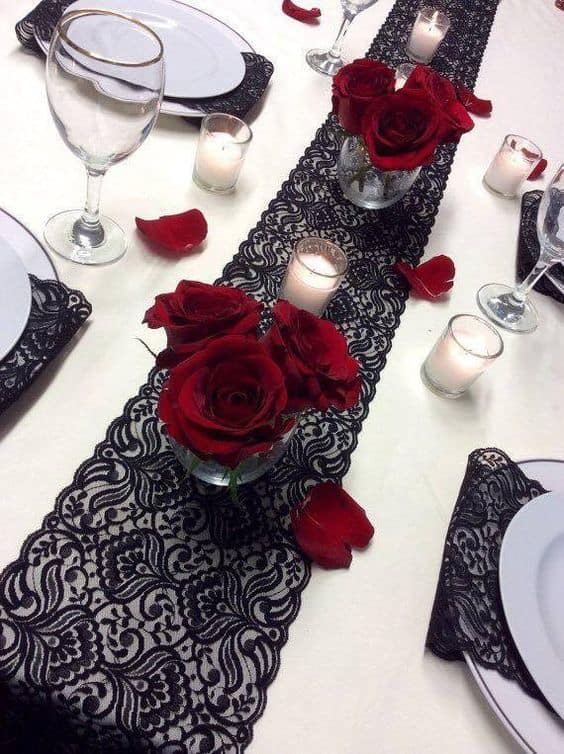 Easy Romantic Table setting and Decor for Valentines day Dates or Dinners, from the Ultimate DIY Guide to Valentines Day, for him, for her, dinner, budget, sexy, romantic, date ideas. DIY boyfriend gifts.