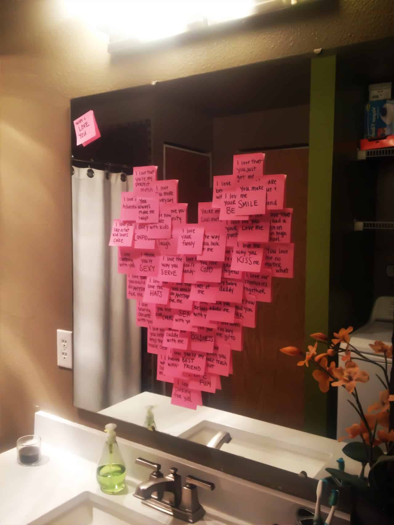 Love Post Its in the shape of a heart. Valentine's, DIY boyfriend gifts