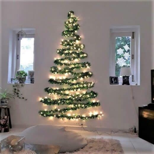 Cheap DIY Wall Christmas Tree
