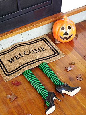 DIY Witches Welcome Mat Halloween